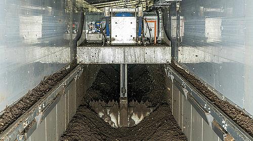 CompoLiner: Umsetzer zerkleinert und homogenisiert das Material