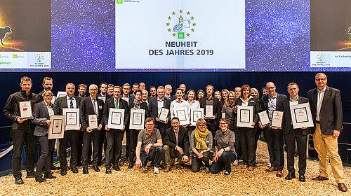 Gruppenphoto mit den Preisträgern aller Kategorien