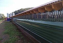 Tag der offenen Tür: Neuer Geflügelstall für die Hähnchenmast mit modernen Stalleinrichtungen von Big Dutchman