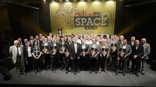 Gruppenphoto: dem Sonderpreis ausgezeichnete Unternehmensvertreter